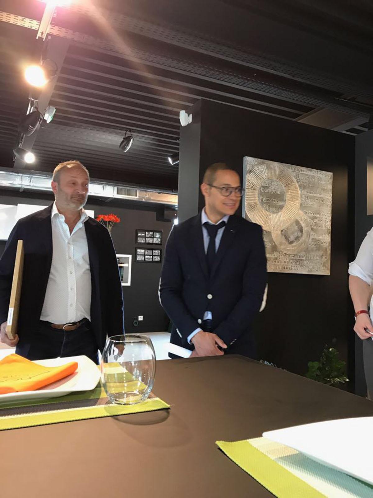 Formation de vente inova cuisine paris vendeur agenceur for Apprentissage cuisine paris