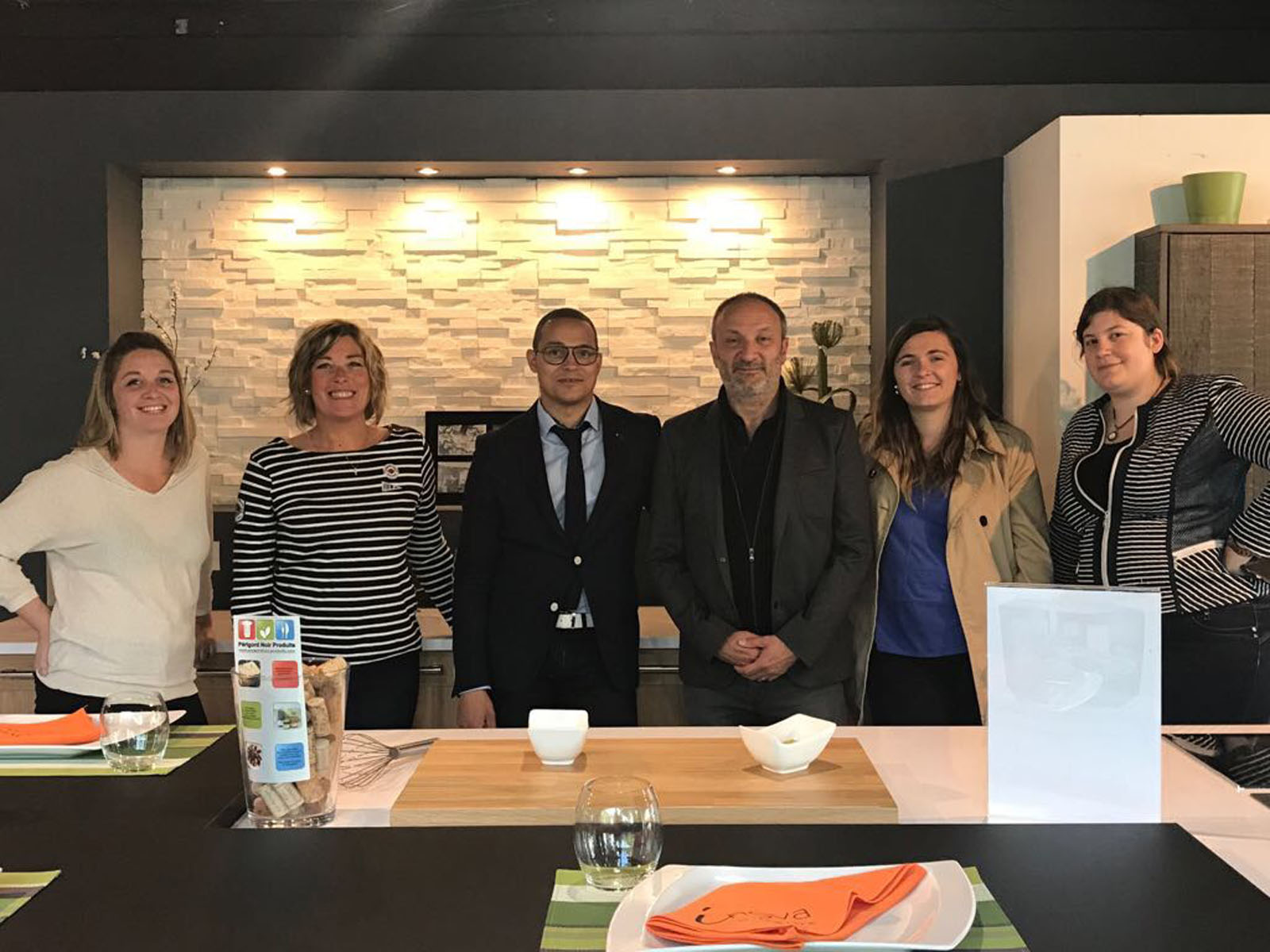 Formation de vente inova cuisine paris vendeur agenceur for Vendeur cuisine